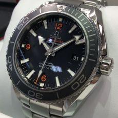 オメガの本格ダイバーズ腕時計